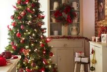Traditional Christmas / Nothing looks more traditionally like Christmas than red and green.  Plaids are a classic choice.