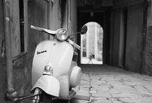 Vespa / Tout simplement parce que ces scooters sont mythiques, intemporels et très stylés ! #vespa #scooters #madeinitalia