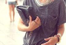 STREET STYLE / It girls, celebrities y personas anónimas nos inspiran con sus outfits del día a día. La calle es un auténtico escaparate de tendencias. Toma nota de ellas.