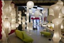 """Designer - Isamu Noguchi / Le célèbre designer Isamu Noguchi a créé cette collection de luminaires nommée """"Akari""""."""