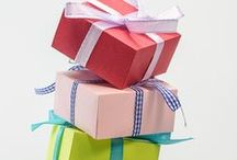 Gifts for Booklovers / Find the ultimate gifts for writers and readers.