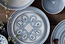 Blue Story \ ED Ellen DeGeneres /  Designed by Ellen DeGeneres and crafted by Royal Doulton, these ED Blue Collections have handcrafted and artisanal qualities, creating a unique mix and match collection.   Traditional techniques and bold blue hues have come together to create the tableware. South American fabrics and hand-drawn textile prints provide the perfect base for icy tones and intense cobalt blue. These patterns have a sophisticated feel, while still maintaining an organic and natural charm.