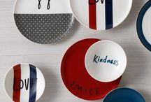 Gifts \ ED Ellen DeGeneres / We're very excited to share our new contemporary ED Ellen DeGeneres Crafted by Royal Doulton giftware and tableware collections. Inspired by Ellen's love of design and positive sentiments and beautifully crafted by Royal Doulton.