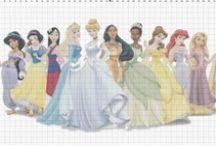 Cross stitch Princess / Výšivka Princezny / Křížková výšivka princezen z animovaných pohádek