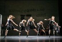 modern dance / Love to see modern dance...feel the rhythm and atmosphere!