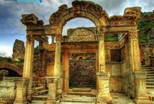 EPHESUS / http://turkeyholidayplace.com/come-to/efes/