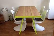 Tische / Ein Esstisch rundet nicht nur Ihre Innenraumgestaltung ab, sondern bringt Menschen zusammen. Wenn der Tisch dann auch noch perfekt auf Sie und Ihre Wohnräume abgestimmt ist, kann es sich nur um ein Möbel der Tischlerei Formativ handeln.