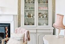 Dream Home Ideas / A board full of my favourite Dream Home Ideas in the Shabby Chic Style. I've merged shabby chic style and pastel style in my own home. Find plenty of shabby chic decor inspiration and pastel decor inspiration here. THIS BOARD IS CLOSED & NO LONGER ACCEPTING CONTRIBUTORS