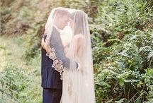 Long veil ideas / Veil design inspiration plain, simple with lace or details