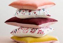 | Pillows & Throws