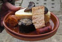 Fiesta Matanza en Covarrubias  / Se celebra el fin de semana después de San Antón (17 Enero),  el sábado  a partir de las 12 horas hasta mas o menos las 14,30 o hasta que se acaben los productos a repartir, tradición que se realiza ahora ya en pocas casas, y de paso degustará los productos del cerdo por dos o tres  Euros con vino cosechero Rachel incluido. Y el sábado y domingo, en los bares del pueblo, se realiza la feria de tapas y pinchos del cerdo, suelen ser unos pinchos muy bien elaborados y sabrosos que es lo importante.