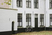 Outside / The city, houses, stores, markets, gardens, bars, restaurants, outdoors, nice places