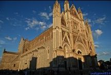 Attractions Orvieto, Italy / Some of the many beautiful attractions to see in Orvieto, Italy. Including the world renowned Duomo, St. Patrick's Well, Torre del Moro, Orvieto Underground, Palazzo del Popolo, Mancinelli Theater, farmers market, artisans and more.
