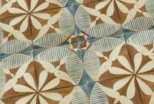 On the floor or on the wall / Inspiring carpets and tiles