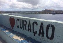 Hopi Bon Curaçao / Your place or mine...