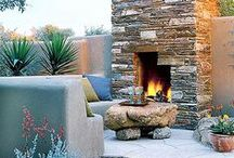 Backyard Oasis Ideas / Ways to decorate your yard to make it your own outdoor sanctuary from the world.