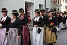 Central AT Salzburg / Folk costumes from Salzburg: Flachgau, Lungau, Pinzgau, Pongau, Tennengau, etc.