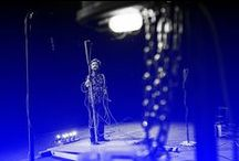 Teatro Contatto 32 Differenze / Teatro Contatto è una stagione ideata e realizzata a Udine dal CSS Teatro stabile di innovazione del Friuli Venezia Giulia. Una stagione riconosciuta a livello nazionale, regionale e cittadino, che beneficia dei sostegni di Ministero per il Beni e le Attività culturali, Regione Autonoma Friuli Venezia Giulia, Comune di Udine, in collaborazione con Università degli Studi di Udine. Differenze si compone di quindici grandi momenti di spettacolo.