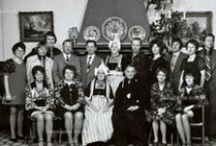 Germanic Dutch: NL Volendam B/W Group Portrait