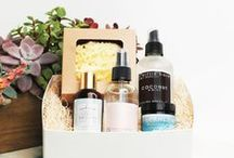 Clean Beauty Gift Boxes / The Clean Beauty Gift Box is a thoughtfully curated assortment of organic, natural, non-toxic and cruelty-free beauty products, carefully nestled in biodegradable aspen excelsior and presented in a recyclable gift box featuring premium gift wrap and a natural cotton ribbon.