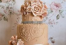 Fancy Shmancy Cakes/Cupcakes / by Michelle Benson