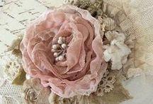 Fleurs en tissus, en papier... - Fabric flowers, paper, etc.. / Fleurs en tissus, en papier, etc. / by Isabelle Robert
