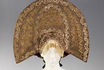 Traditional headdress & costume : West