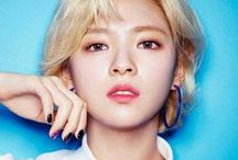 Jeongyeon•Twice