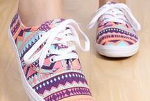 Vans Shoes / beautiful vans shoes, customized and classics alike!