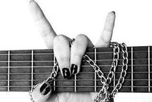 É Rock n Roll \m/ / Meus cantores, ou bandas favoritas de rock, seja em vários estilos, ou sub gêneros <3 amo variadamente varias e varias bandas <3 \m/