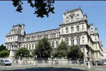 Hotel de Ville / Just across from the Notre Dame Cathedral and over the River Seine you can find the Hotel de Ville, which the City Hall and shows some of the great architecture and features on and around the building.