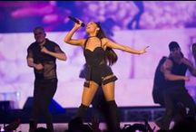 Ariana Grande LIVE! / Ariana Grande helped fans break free for the weekend and stopped through Chicago for the Honeymoon Tour.