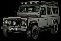 Will it pull a horse float...oh yeah / I always look at a car and ask will it pull a horse float. My dream is the Landrover Defender that as of January 2016 is not longer made. Tragedy. I do have a Colorado that does pull my horse float...