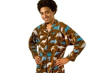 Adult Fleece Footed Pajamas / Pajamas (Pajamacity.com) - We have a variety of styles and sizes of adult footed pajamas (sizing info – pajamas are made extra roomy and fit most average sizes and we have more sizes than any other footed pajama manufacturer. To ensure our sizing chart is nearly perfect we go through a rigorous 10 point checklist when sizing our pajamas.  All of the various measurements we cover are to make sure the pajamas are made proportionate to your body and height.