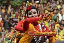 fetes et festivals / Les foires et les festivals en inde, ce sont des endroits où vous trouverez une diversité d'ethnies. Au fil d'années, l'inde est devenu non seulement une majeure puissance économique, mais aussi une destination touristique le plus populaire du monde. Explorez la grande foire et les fêtes de l'inde.
