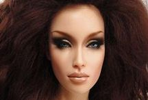 Fashionable Dolls / Tonner and Integrity Dolls