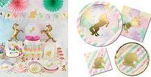Einhorn & Regenbogen - verträumt, nostalgisch, glamourös, hip! / Be a Unicorn! Ride a Rainbow! Wenn ihr den Einhorn-Look und Regenbögen auch so liebt wie wir, findet ihr hier tolle Inspirationen für Deko und Sweet Table