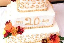 20th Anniversary Gift Ideas / Traditional 20th Anniversary Gifts are CHINA.  Modern 20th Anniversary Gifts are PLATINUM.  20th Anniversary Flower - ASTER.  20th Anniversary Gemstone - EMERALD.