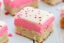 -Douceurs - Sugar - Azucar - / -gâteaux-pies-barres chocolatées-macarons-muffins- flans - agar-agar-cookies- -desserts-glaces-bonbons-chocolats-cakes-barres de fruits- Le sucré ! j'aime  ♥  ♥  ♥ / by Pandora Tears