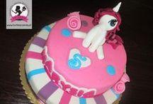 KIDS CAKES / Kreatywne torty artystyczne w różnych kształtach - naturalne składniki i ręczna dekoracja.