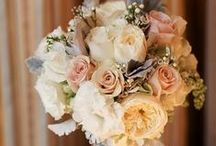 Flowers - classic English style / by English Wedding Blog