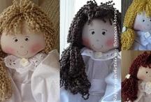Bonecas para Daminhas / Bonecas para Daminhas com porta alianças medida : 55 cm de altura confeccionadas com o finíssimo bordado inglês 100% algodão - R$ 155,00
