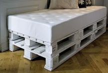 repurposed pallets / Such cool design ideas from the humble pallet. Who says style costs money!!!