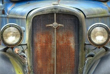 Old Cars / by Amy Johnstone