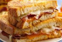 Grilled Cheese Recipes / Nothing beats a grilled cheese sandwich! Slice the cheddar, pick your favorite bread and check out these classic and creative recipes.