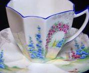 SHELLEY/WILEMAN/FOLEY CHINA / Beautiful porcelain, alas, no longer produced