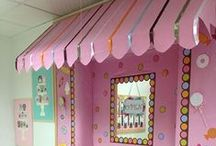 Classroom Door Decor / Looking for holiday door decorations or cute ideas in general? You've found the right place!