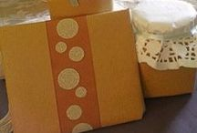 Gift Wrapping / Creative ideas for wrapping those presents.