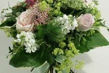 Gift Bouquets / Sonning Flowers deliver stunning gift bouquets to the local Reading area, and also nationally by courier.  Please visit our webshop to see the full range.  www.sonningflowers.com