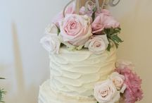 Buttercream cakes and decorations / #buttercreamcakes #buttercreamweddingcakes